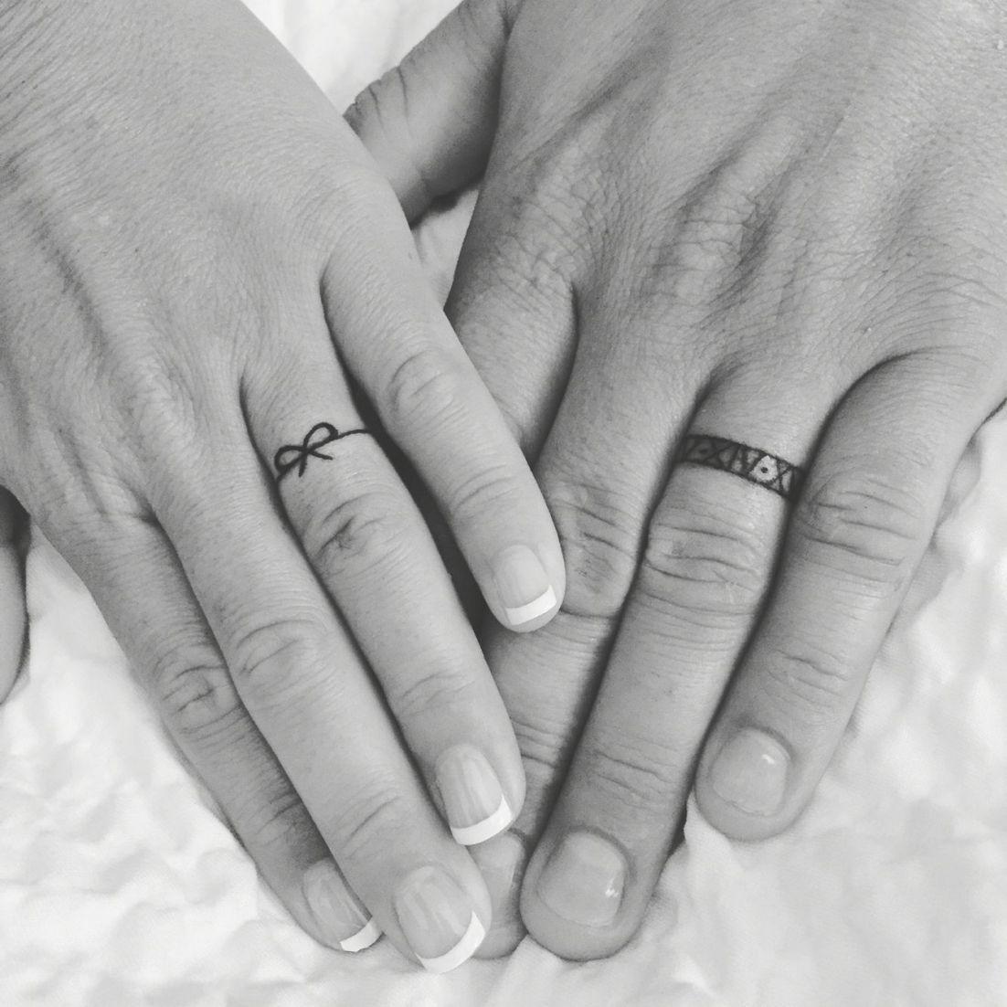 Husband And Wife Wedding Band Tattoos Ring Finger Tattoos Intended For Wedding B Hu Tatuaje De Anillo De Boda Tatuajes De Matrimonio Tatuaje De Una Banda