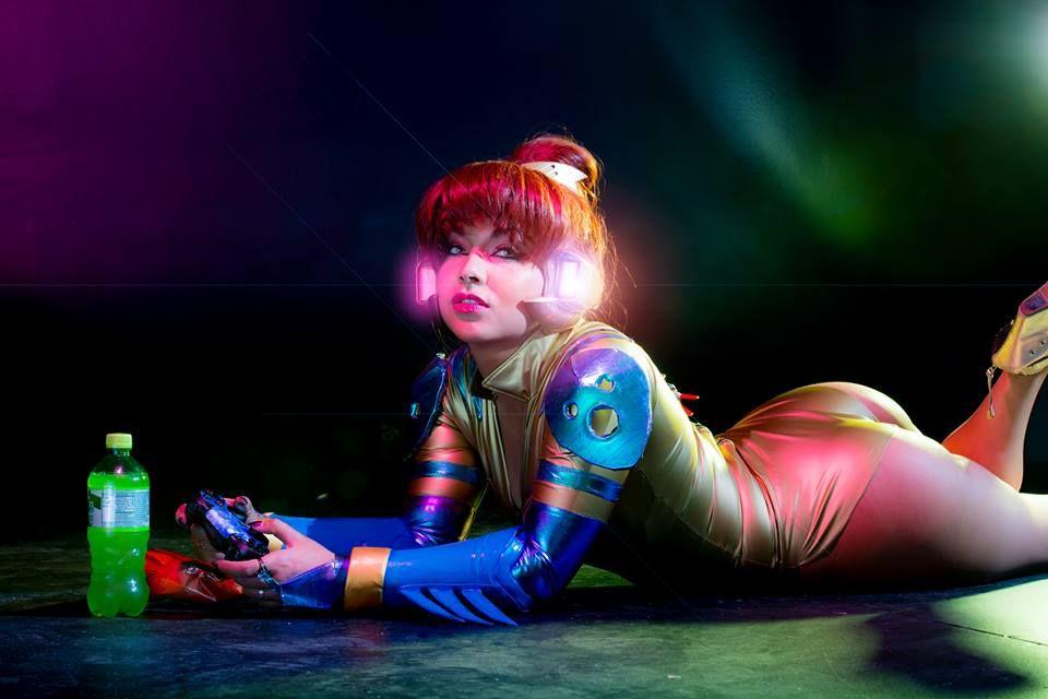 june bug dva cosplay by soni aralynn cosplayer soni aralynn