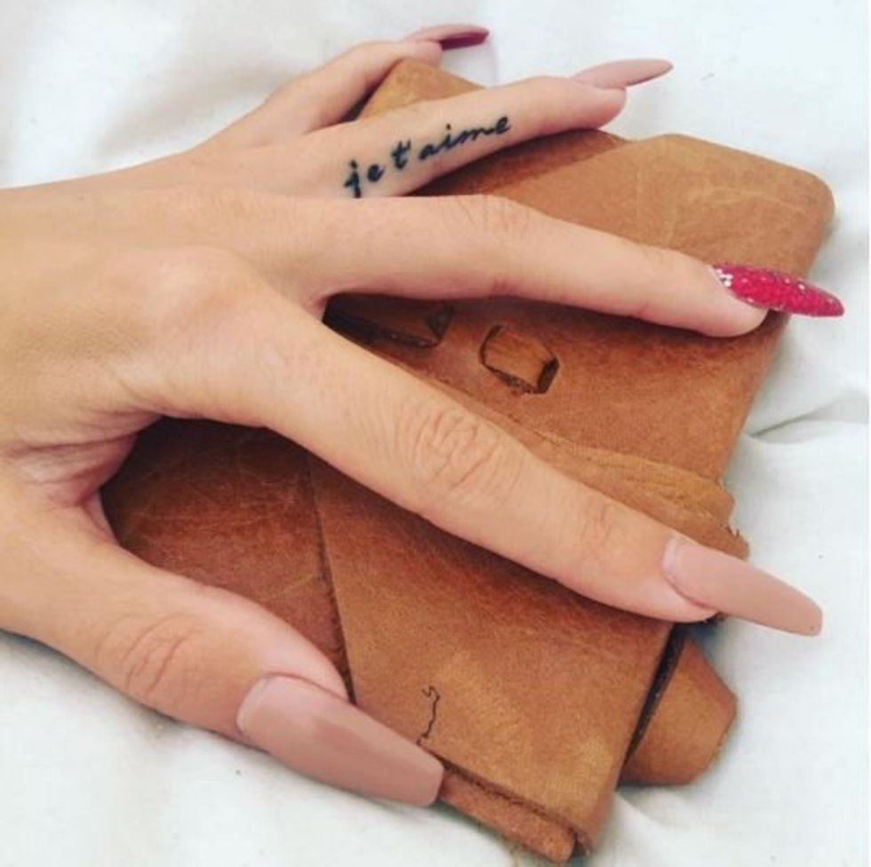 f68e980c6 50 delicate and tiny finger tattoos to inspire your first (or next ...