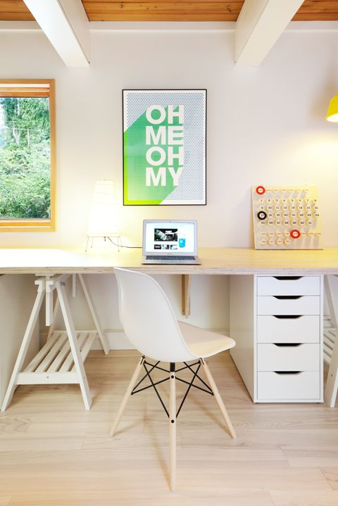 maison original vs replika der eames plastic chair. Black Bedroom Furniture Sets. Home Design Ideas