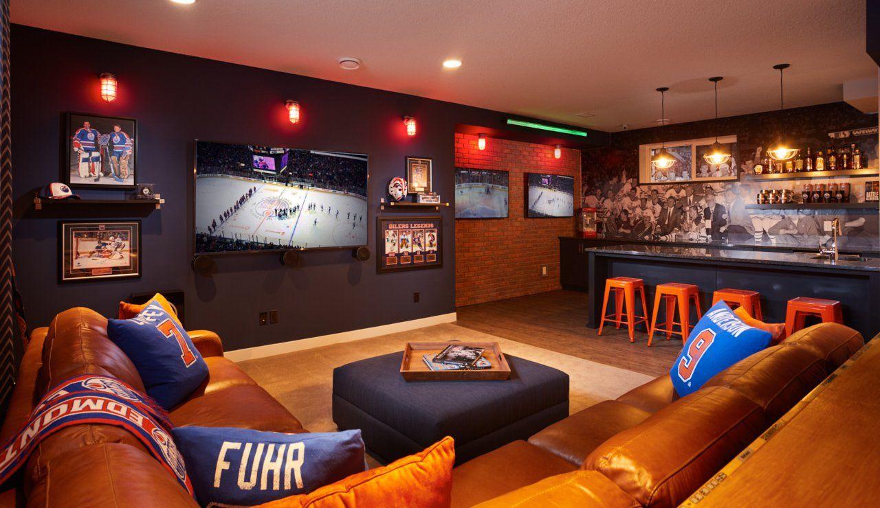 Edmonton Oilers Fan Cave Man cave home bar, Home bar