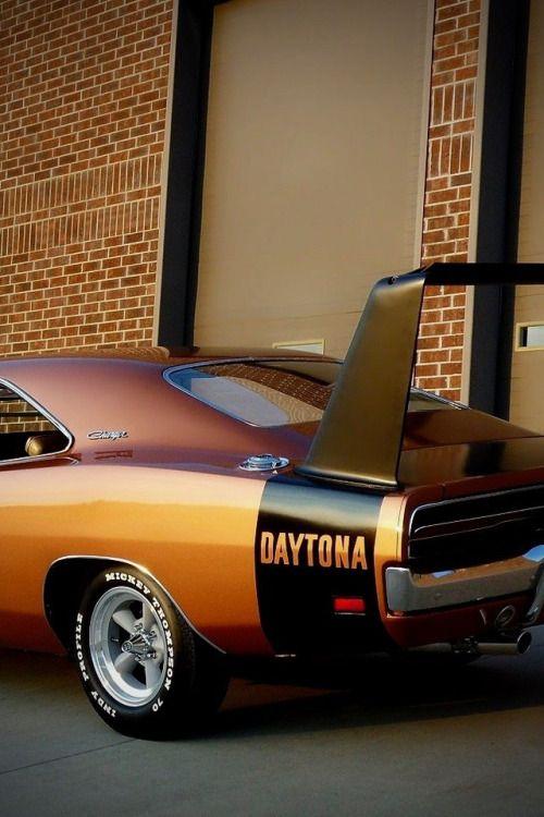 utwo:  Dodge Charger Daytona 2 arruzzahighperformance