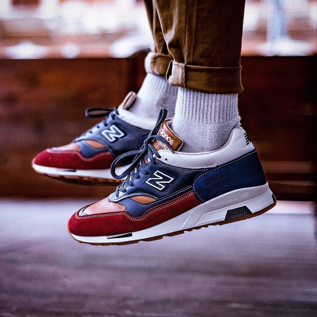 suspicaz Superficie lunar Disparates  NEW BALANCE 1500