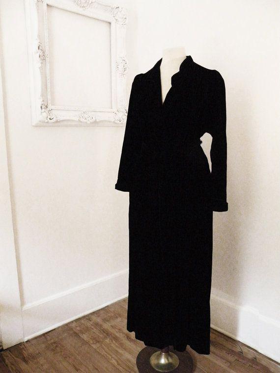 Black Velvet Christian Dior Vintage Bath Robe Dressing Gown Women