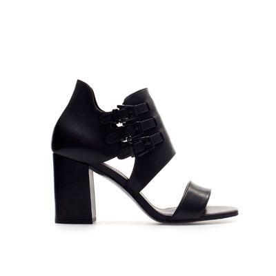 f5ca90eabaa SANDALIA ABOTINADA PIEL - Zapatos - Mujer