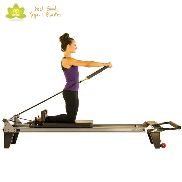 Kneeling Arm Circles Pilates Reformer Exercise 2