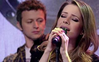Sandy canta música de Elis Regina 'Como Nossos Pais'