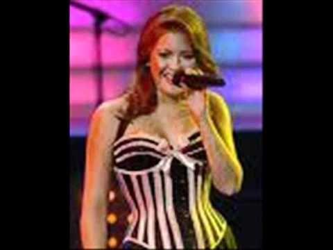 Renee Olstead Hold Me Now Wmv Celebridade Internacionais Celebridades Atrizes