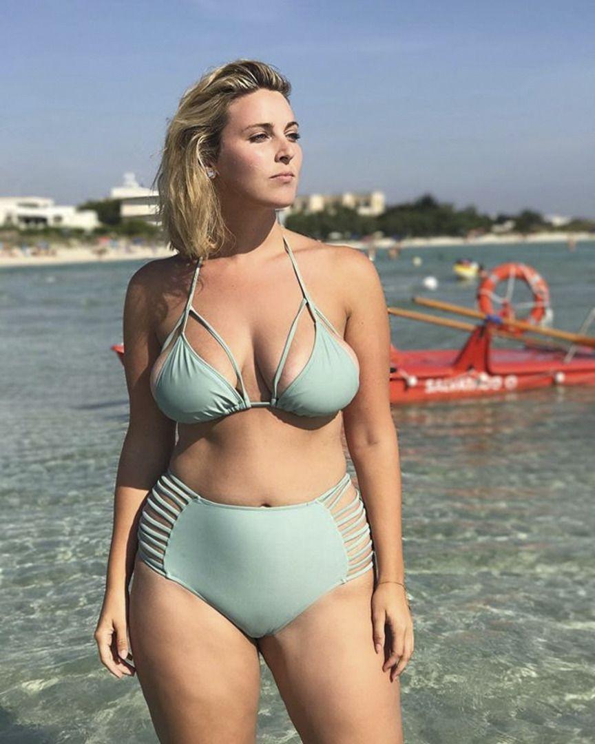 """562f80a95b18b bodypositivism  """" Laura Brioschi """""""