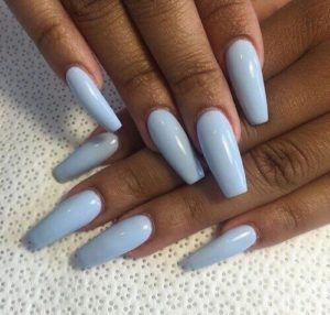 If You Re Someone With Dusky Or Dark Skin Tone And Wondered What Nail Polish Shade Would Look Divine On Your Skin Co Pretty Nails Cute Nails Blue Acrylic Nails