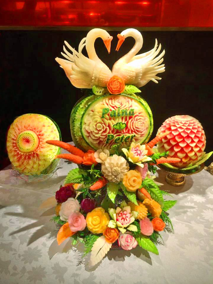 Related image | CArving composition | Pinterest | Fruit displays