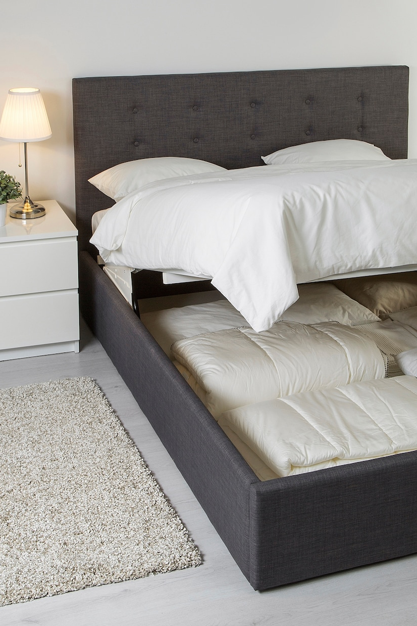 Pin Von Tucubanita Auf Dormitorios In 2020 Bettgestell Schlafzimmer Einrichten Zimmer Einrichten