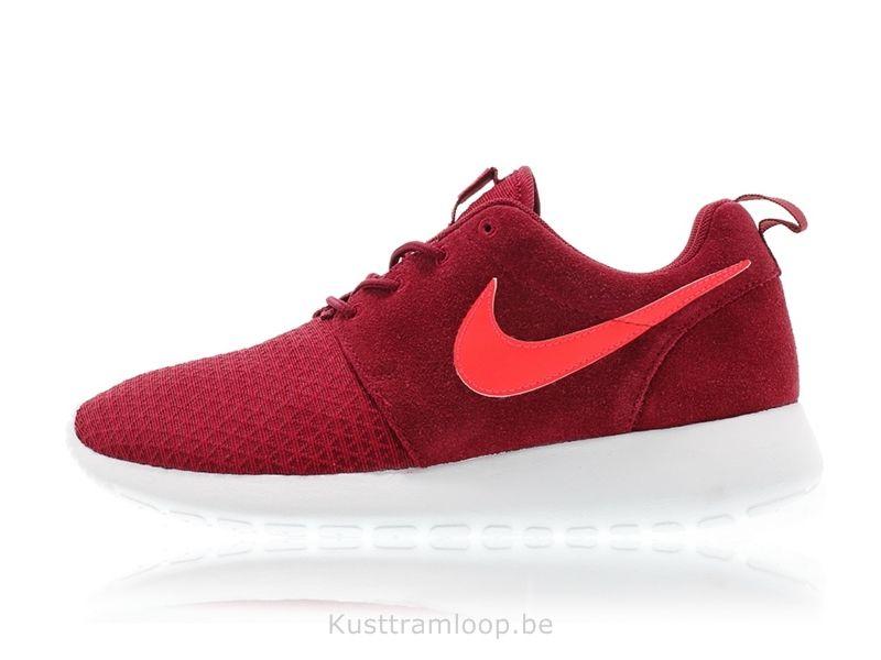 Platinum équipe Nike Femme Roshe Run Rouge Winter / Action Rouge-Pure Roshe  Run Fb