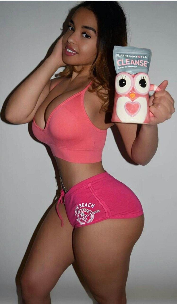 Sexy women getting it on