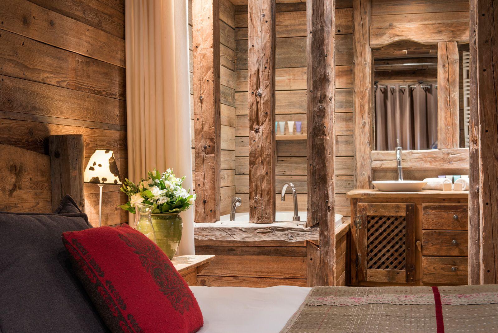 Luxury Chalet Villa rental Courchevel France COURCHEVEL-029 16