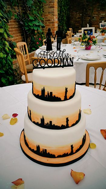 amazing wedding cakes new york new york themed wedding cake amazing cakes wedding 10720