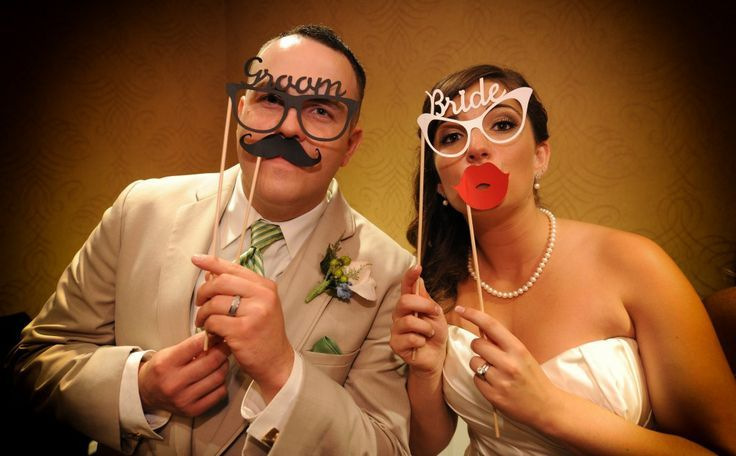 Fun Wedding Reception Photo Ideas