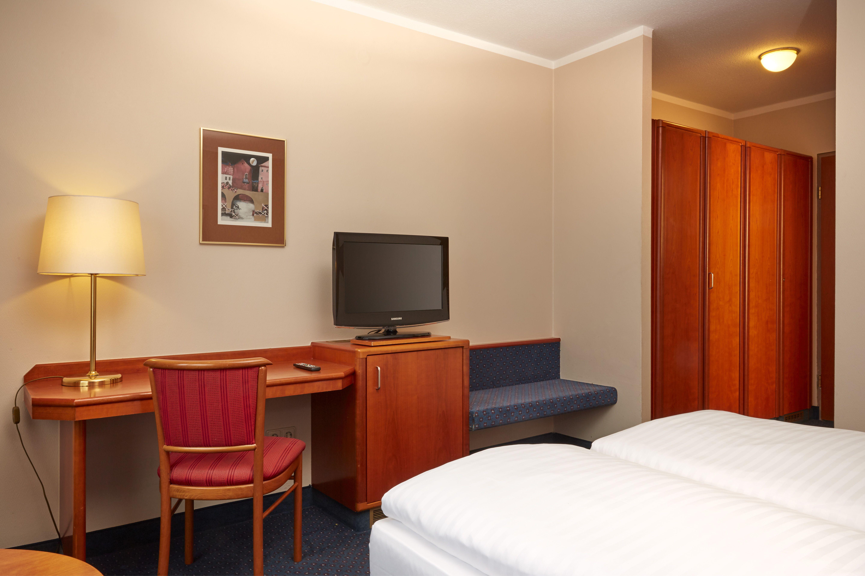 Eines der Komfort-Doppelzimmer im H+ Hotel Lampertheim
