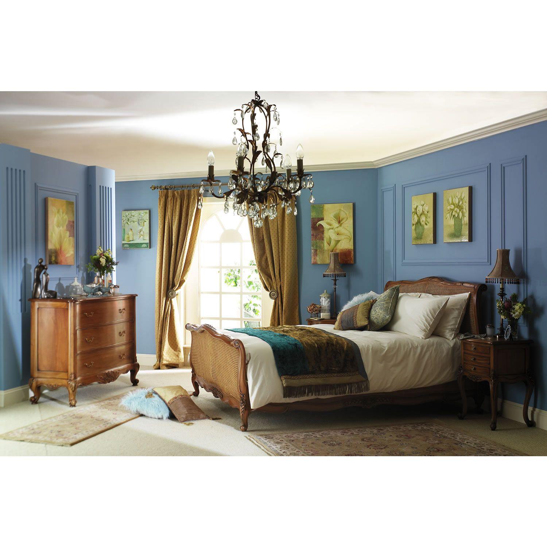 Frank Hudson handmade Louis XV upholstered bedstead. http