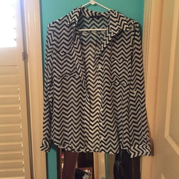 chevron button down Black and white size small Tops Blouses