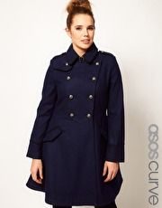 This coat reminds me of Captain Jack Harkness, and I think it might look decent on me
