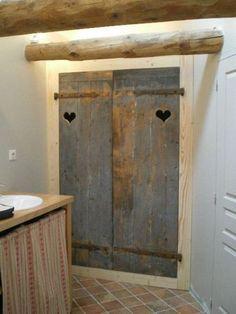 Pour la salle de bains - La beauté du bois | SDB | Placard ...