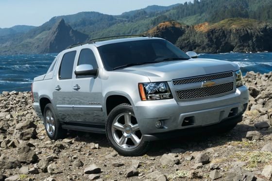 2013 Chevrolet Avalanche Last Year For The Split Personality Suv