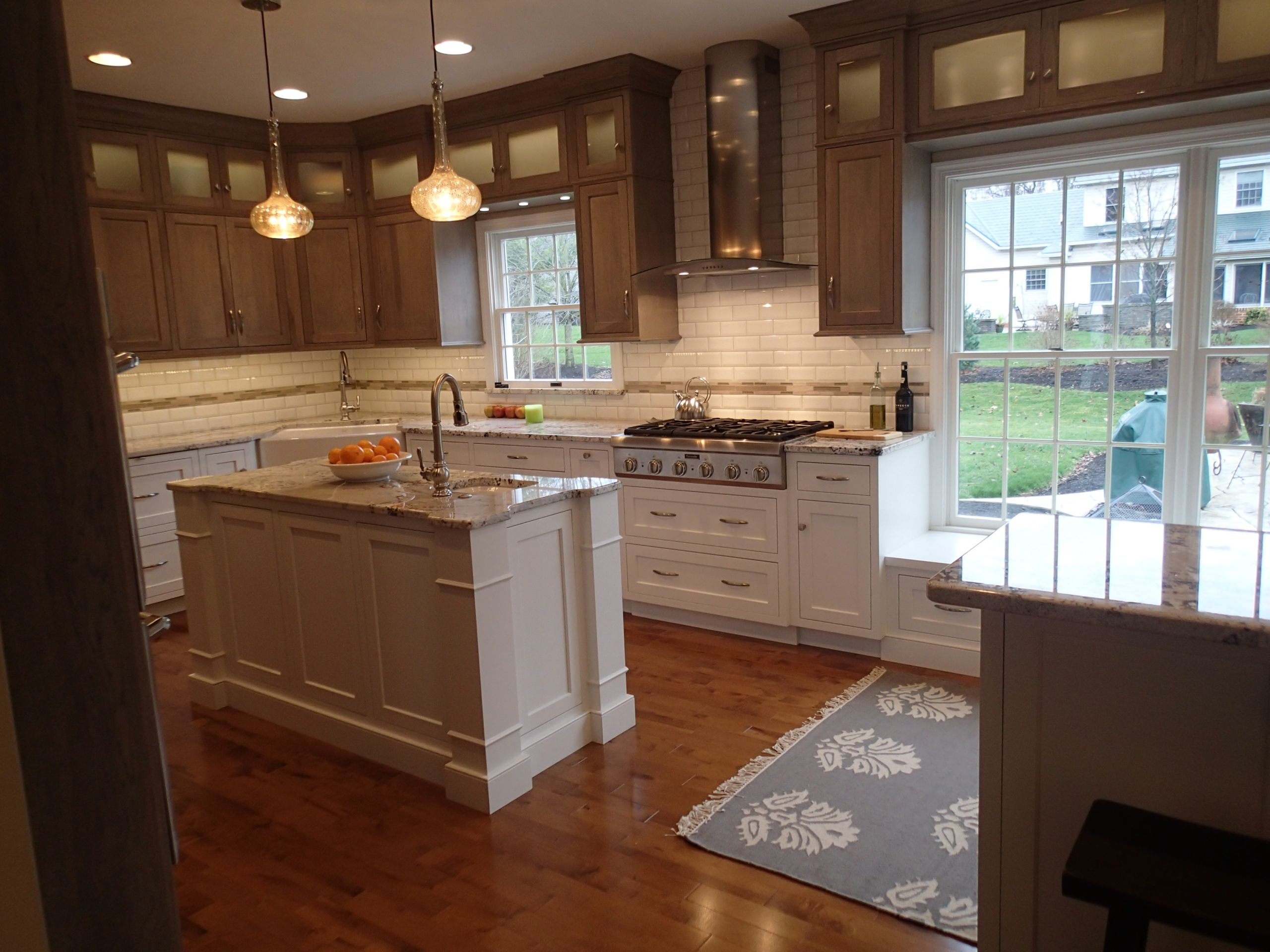 2 island Kitchen with integrated window seat & table seating