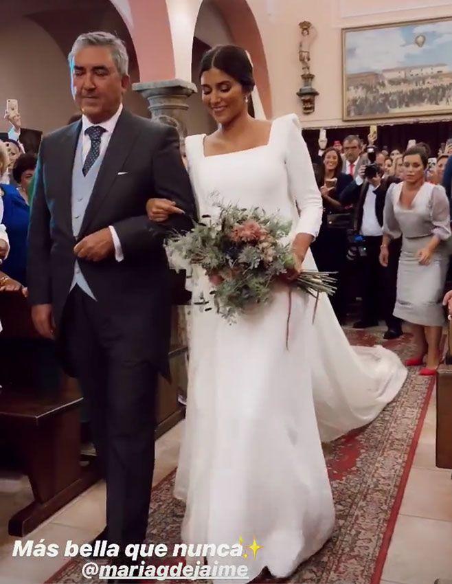 De inspiración renacentista y velo XL: el vestido de novia de María García de Jaime, al detalle