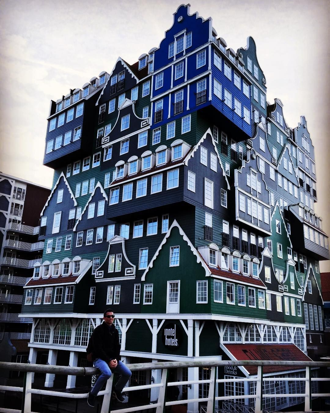 #zaandam Where the buildings look like an old Nintendo game by suriod05