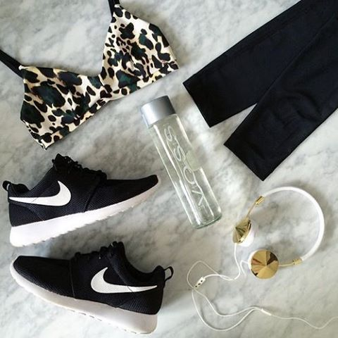Start the week off strong with the perfect workout outfit