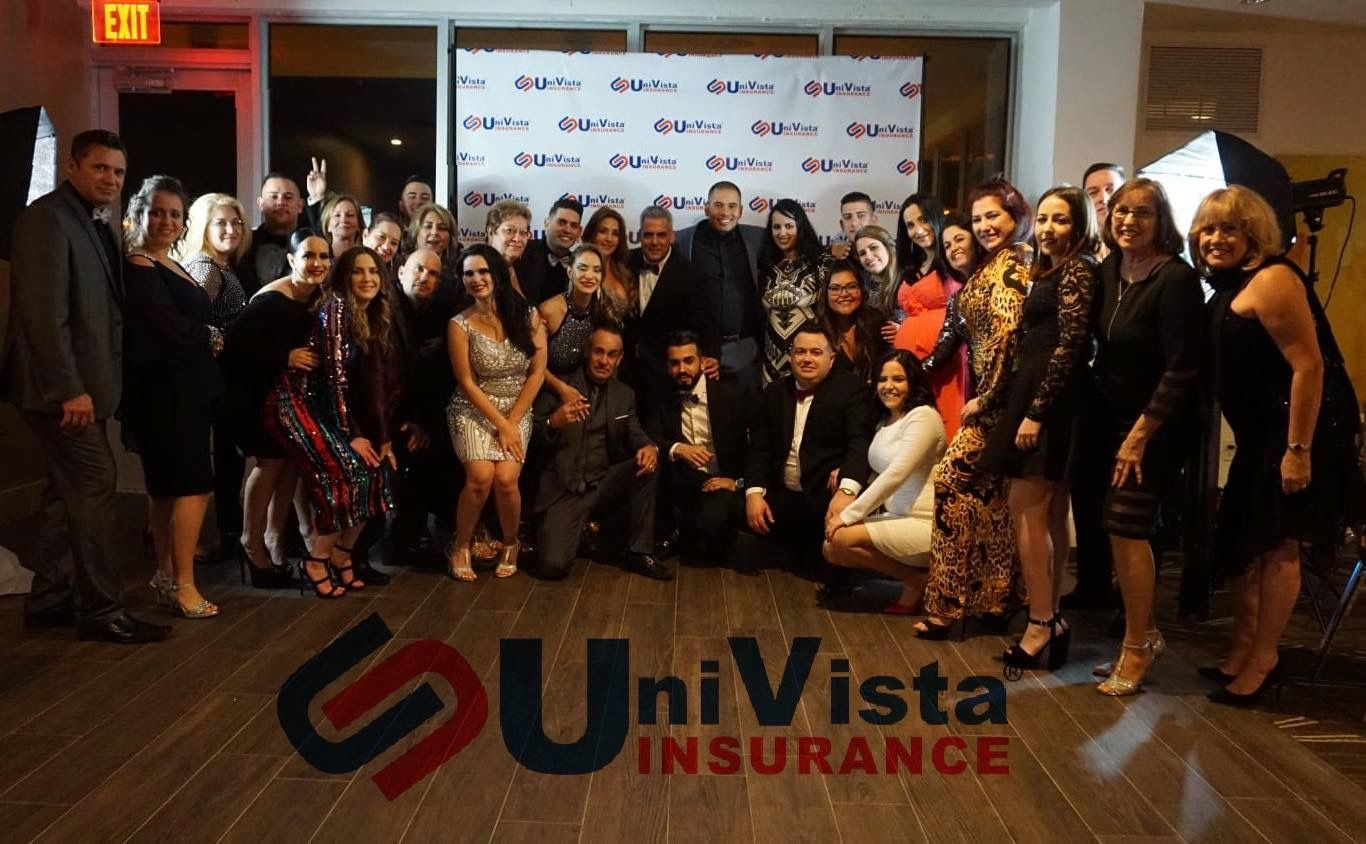 La Familia De Univista Insurance Istas Familia