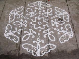 Rangoli designs/Kolam: S.No. 24 :-15-8 Pulli kolam