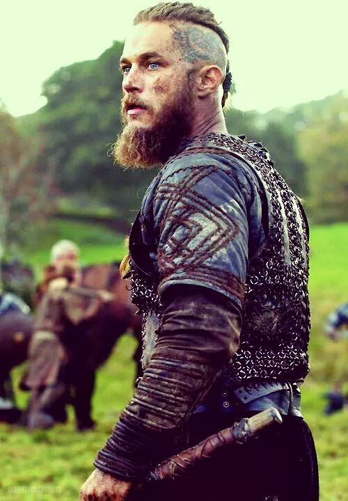 Ragnar Lothbrok In Battle | www.pixshark.com - Images ...