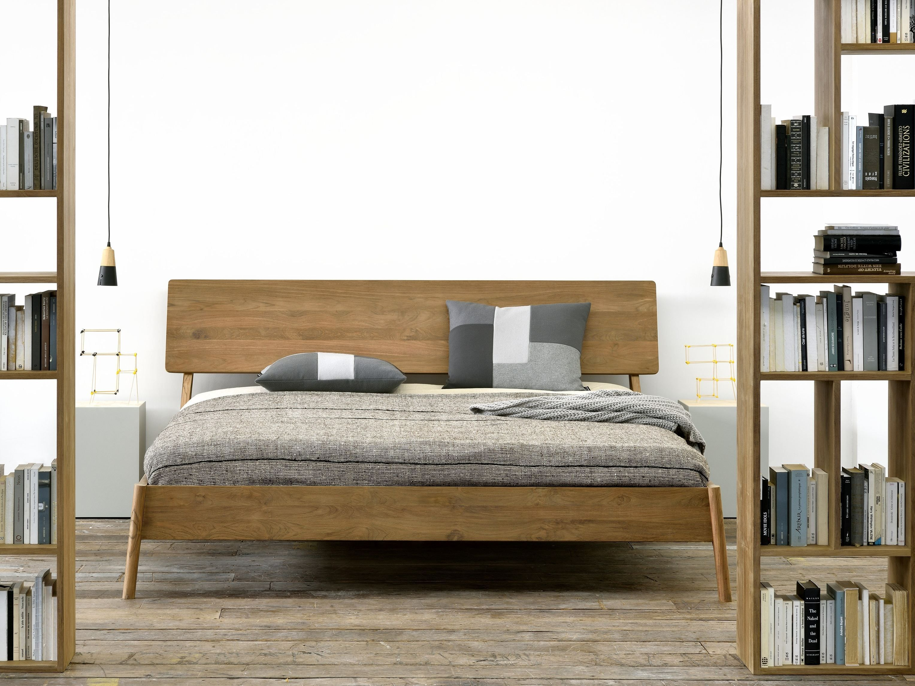 Letto matrimoniale in teak TEAK AIR BED - Ethnicraft | Bedrooms ...