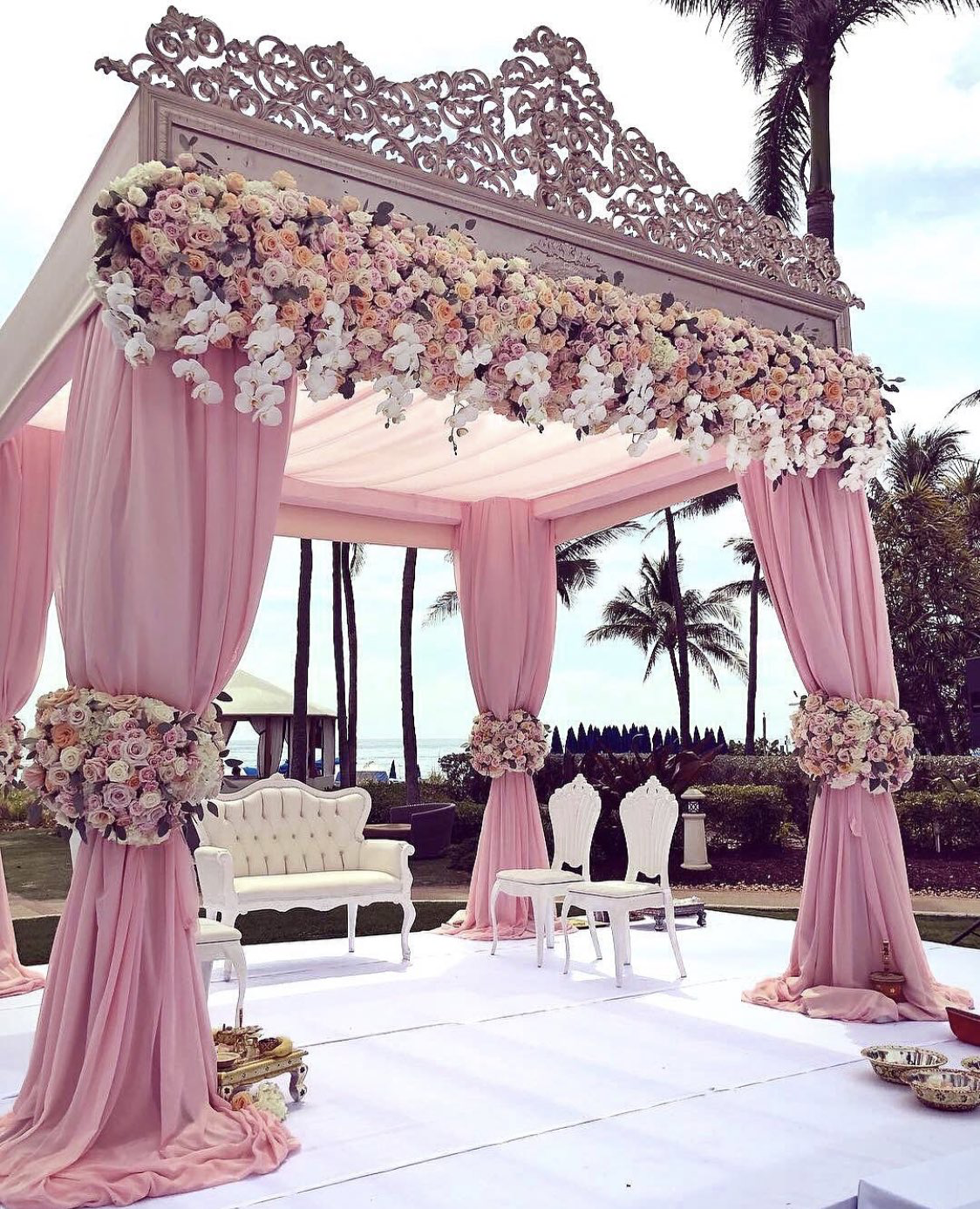 Dream Fairytale Wedding Alter This Is Absolutely Gorgeous