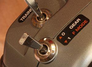 Programming a Throttle Lockout on the Spektrum DX6i | Radio Control