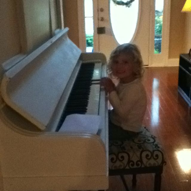 That time when you were like three and you found a piano and you played to your hearts content ❤