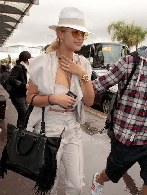 Rita Ora porte des Ray-Ban Vintage http   www.visiofactory.fr 342 ... 5751b9e7140c