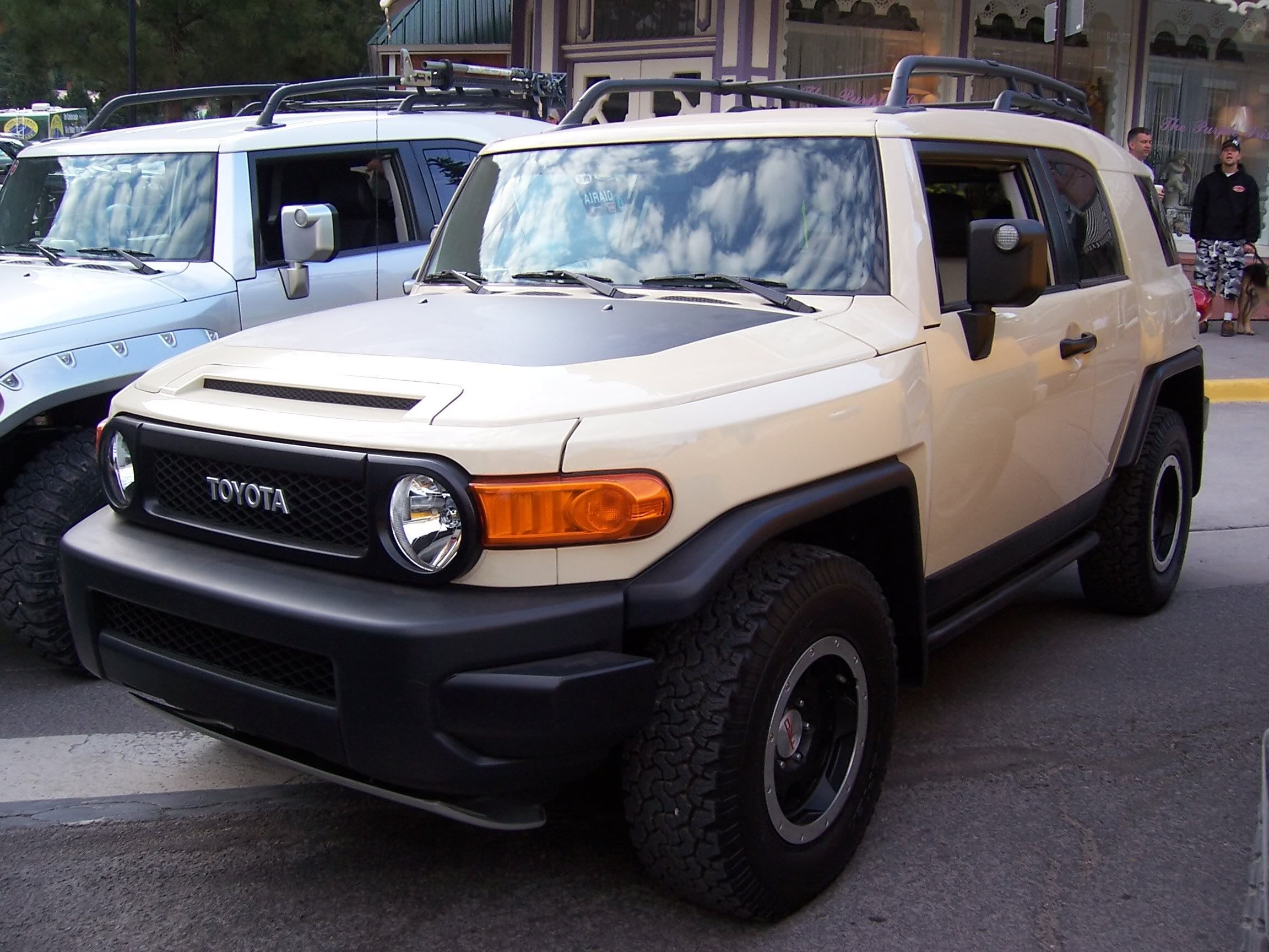 2010 Trail Team FJ Unveiled At The Summit   Page 2   Toyota FJ Cruiser Forum