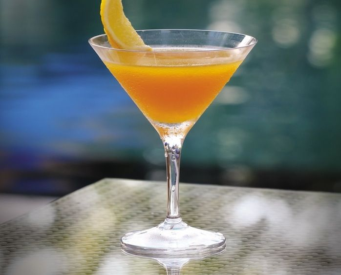 """Live healthy, be happy! Click through for """"good for you"""" cocktail recipes from #FSTaste..."""