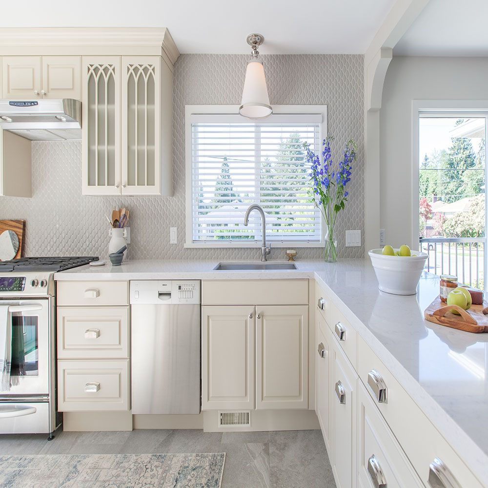 Vancouver Kitchen Cabinets: Love It Or List It Vancouver: Jeanine & Norman. How's This