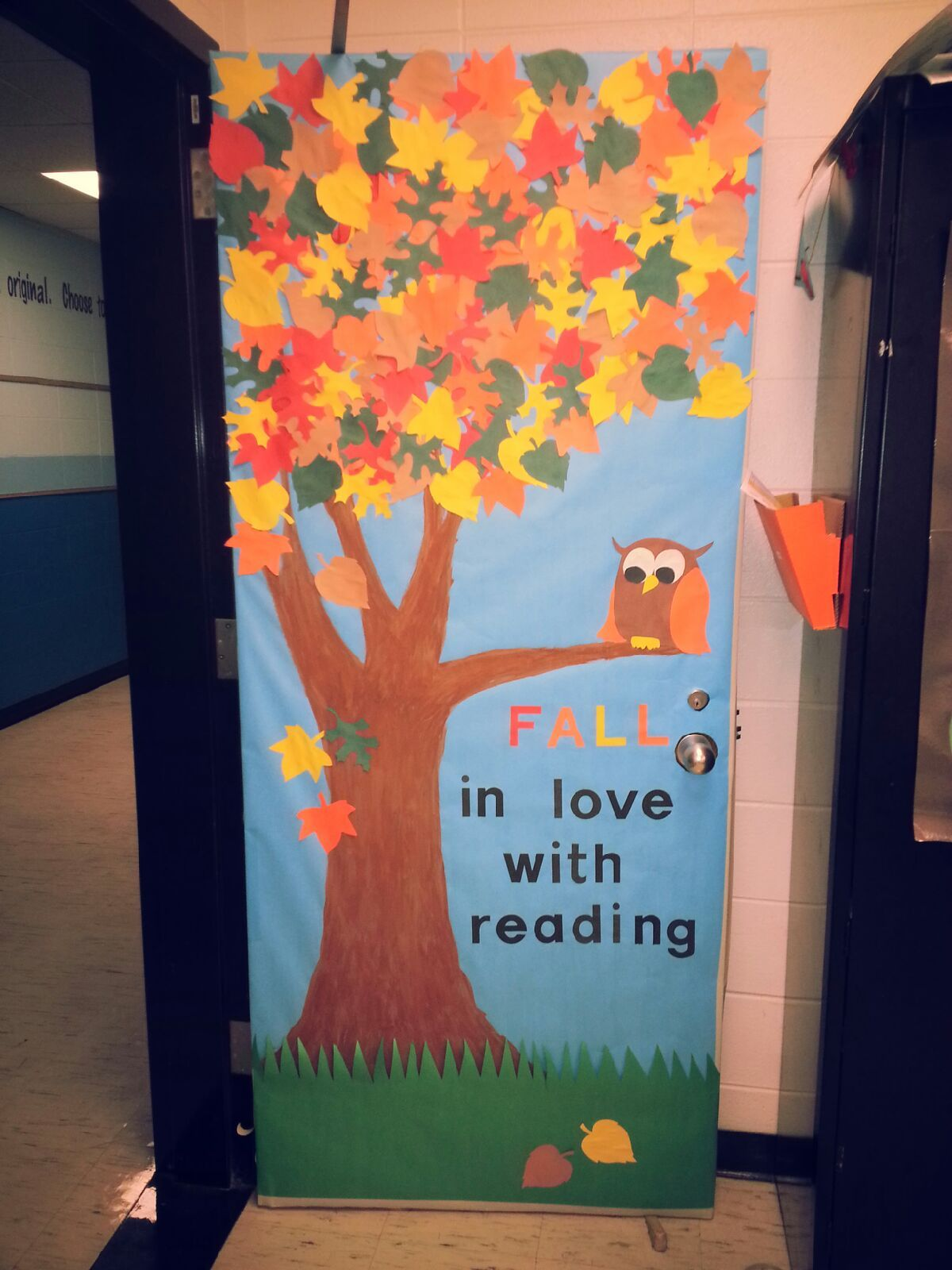 Fall Classroom Door #falldoordecorationsclassroom