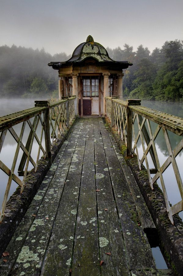 Abandoned Pump House Conservatory In A Lake Witley Park Surrey Uk