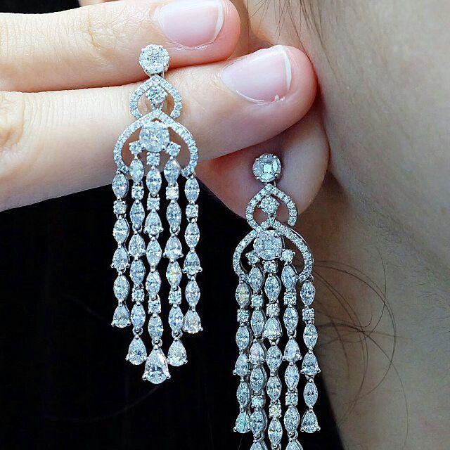 Petchchompoojewelry Diamond Jewelry Designs Diamond Chandelier Earrings Gold Jewelry Fashion