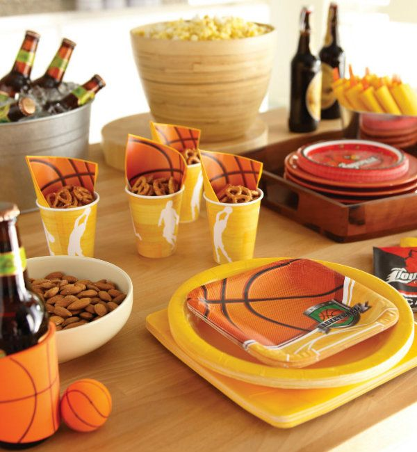 This #MarchMadness #Basketball Theme For A Baby Shower Has Just The Right  Amount Of Color For A Spring Time Party And Is Perfect For A Co Ed #BabySu2026