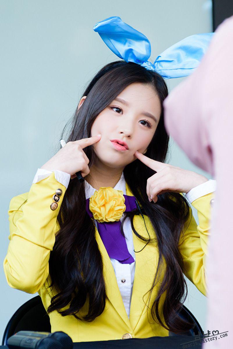 Loona Loona Debut Loona First Member Loona 2016 Debut Kpop Debut 2016 Kpop 2016 Debut Girl Group Loona Heejin Loona Heejin Debut Heejin Debut Loona Hee