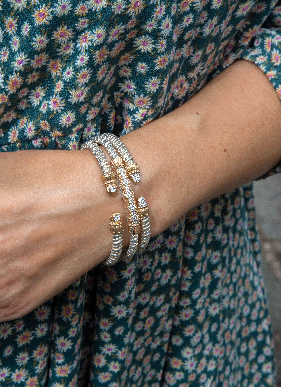 How to style VAHAN Jewelry #VAHANstyle #braceletstack #luxuryjewelry #stackingjewelry #stackingbracelets #mixedmetaljewelry #diamondbracelets