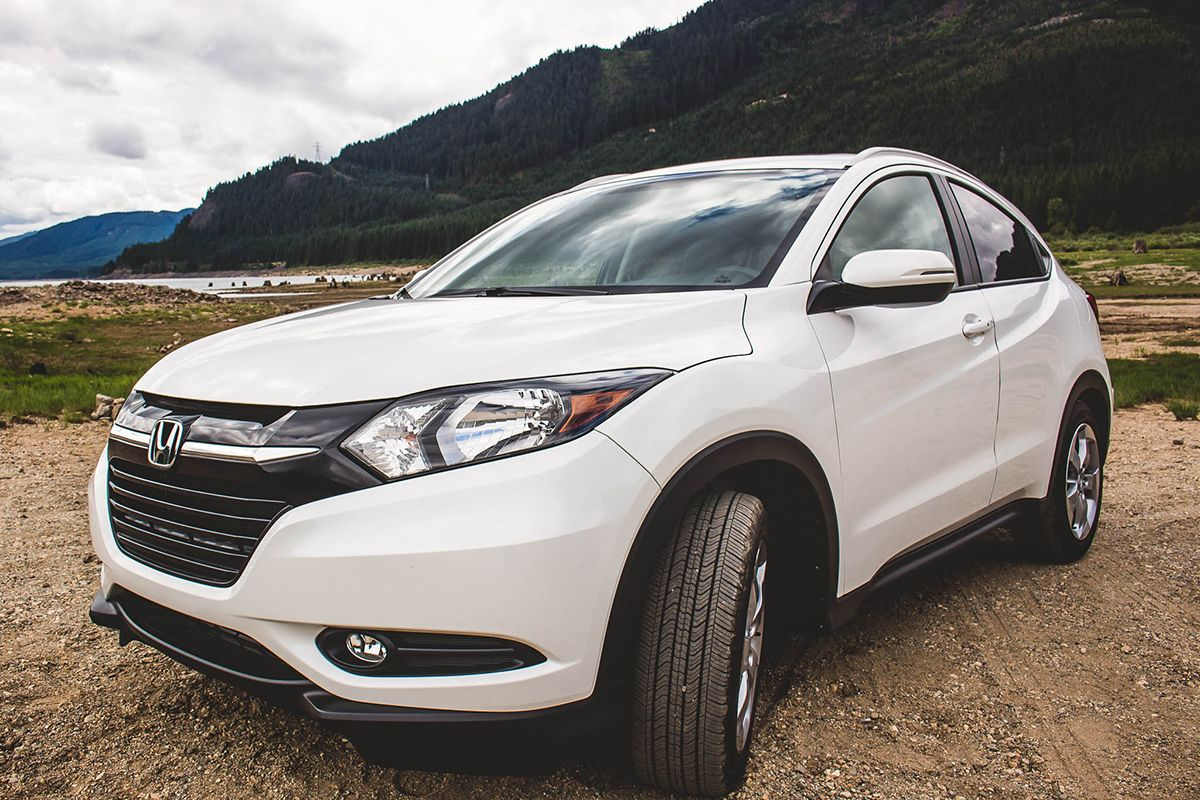 Take a closeup view of the HRV Crossover. It cleans up