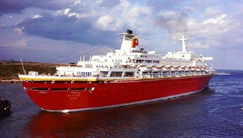 ss oceanic big red boat i cruiseships ocean boat cruise